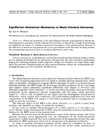 Equilibrium Statistical Mechanics in Mach-Einstein-Universes.