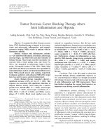 Tumor necrosis factor blocking therapy alters joint inflammation and hypoxia.