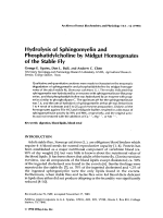 Hydrolysis of sphingomyelin and phosphatidylcholine by midgut homogenates of the stable fly.